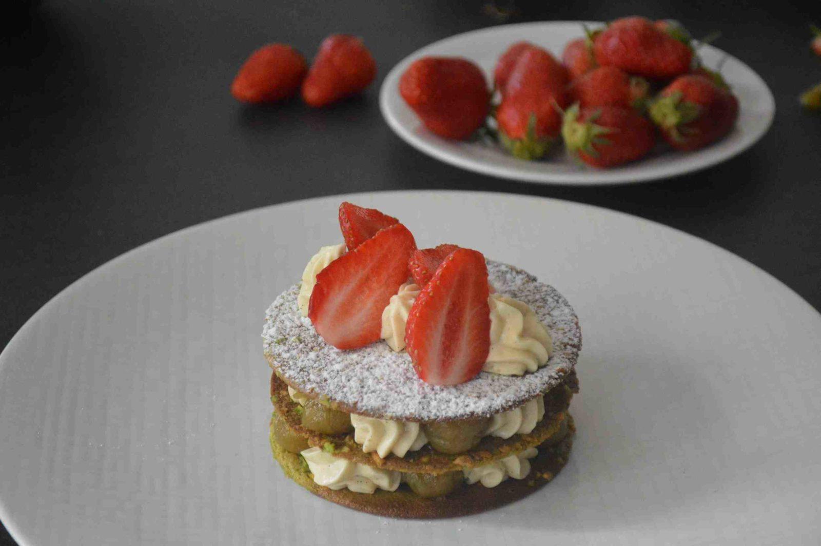 millefeuille+pistache,+rhubarbe,+fraise