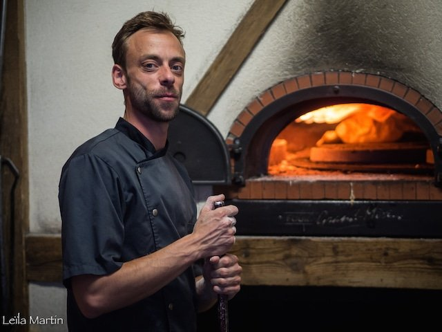 Photo de Julien Roland le chef du Caveau du Gaentzbrinnel à Beinheim en Alsace