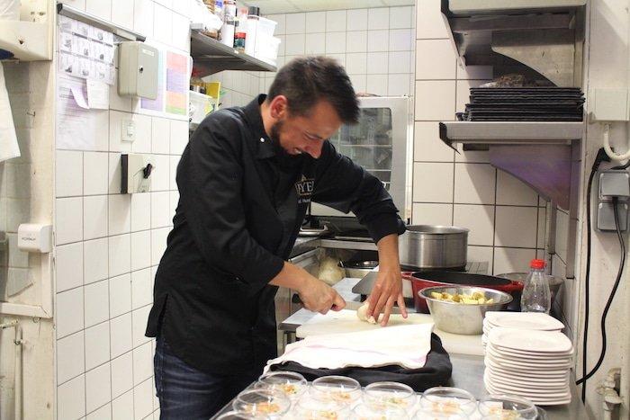 Photo de Lionel Hunckler en cuisine