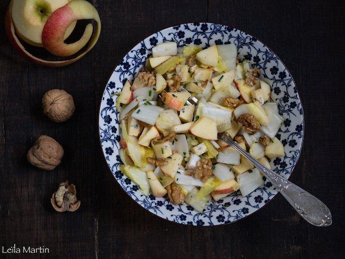 recette de salade d'endive, aux pommes, bleu des Vosges et noix