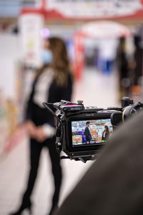 photo tournage bredele challenge Carola magasin Esrtein
